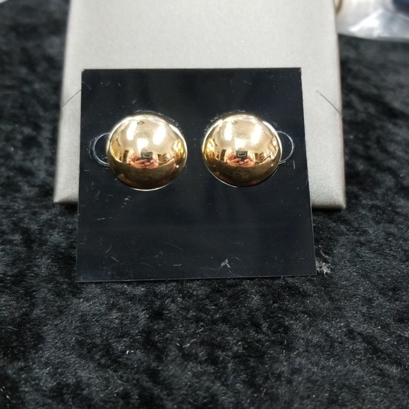 14k gold Jewelry - 14k gold vintage button earrings